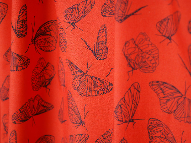 Popeline_meterware_butterfly_red